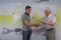 Avio dispečera profesionālās sagatavošanas sertifikāta izsniegšana Valērijam Dziemidovam